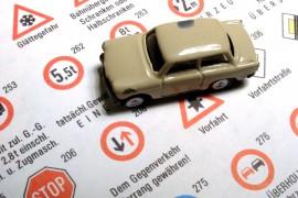 Verkeersregels veranderen door de jaren heen. Let dus goed op dat je de meest recente verkeersregels leert.©Ewe Degiampietro - Fotolia